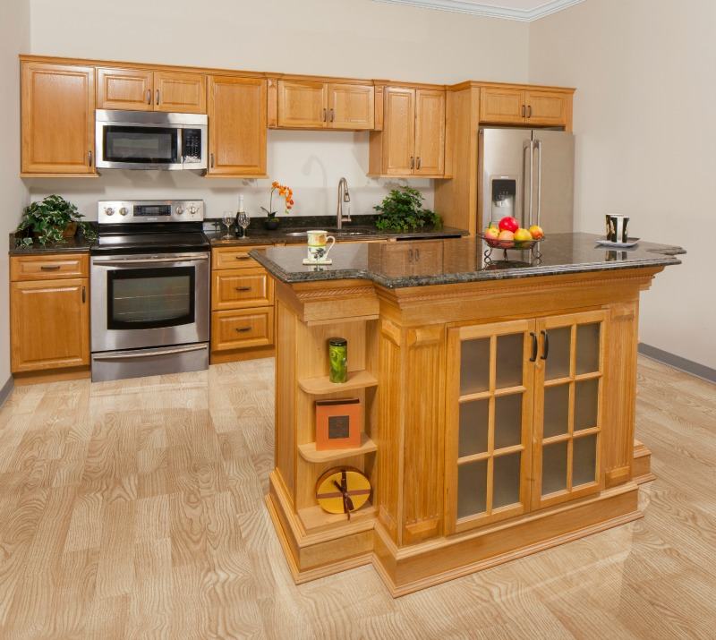 Assembled%25252520Harvest%25252520Oak%25252520Kitchen