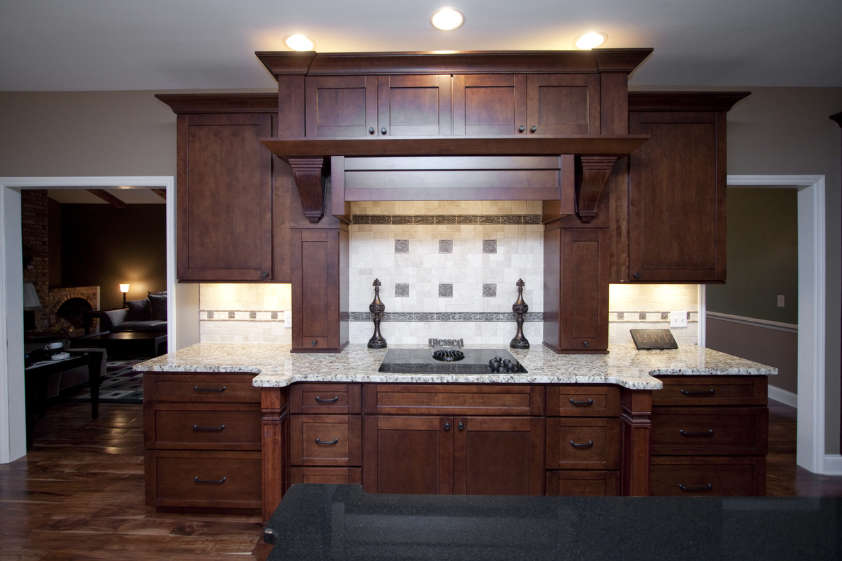 Manchester Shaker Brandywine Kitchen Cabinets Willow